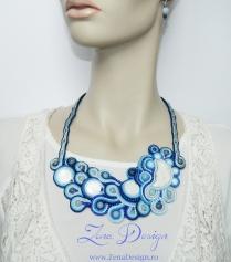 blue necklace (26)